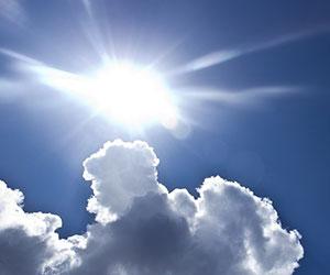 日傘-遮光-uvカット-人気-軽量-折りたたみ-晴雨兼用-日傘-日傘選び-コツ-太陽画像2