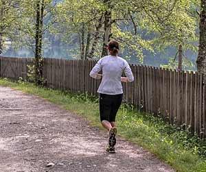 ジョギング-初心者-ペース-距離-時間-シューズ-膝の痛み-画像2