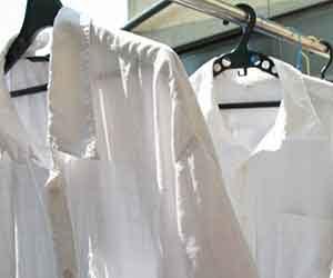 乾いた墨汁-襟の黄ばみ-泥汚れ-落とし方-服-体操着-頑固な汚れ-取り方-シャツ画像