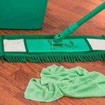 キッチンのベタベタ床の掃除方法