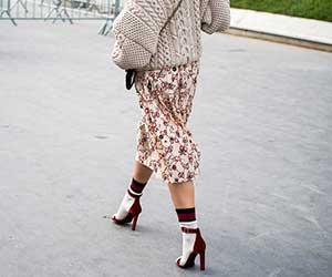 靴下-蒸れ-対策-湿気-女性-画像