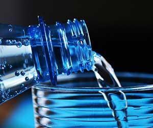 ミネラルウォーターの選び方-おすすめの水-ボトル-画像