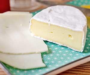 モッツァレラチーズ-アリゴ-アヒージョ-作り方-カマンベールチーズ-画像