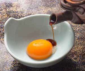 生醤油-丸大豆醤油-違い-種類-使い分け-保存方法-卵画像